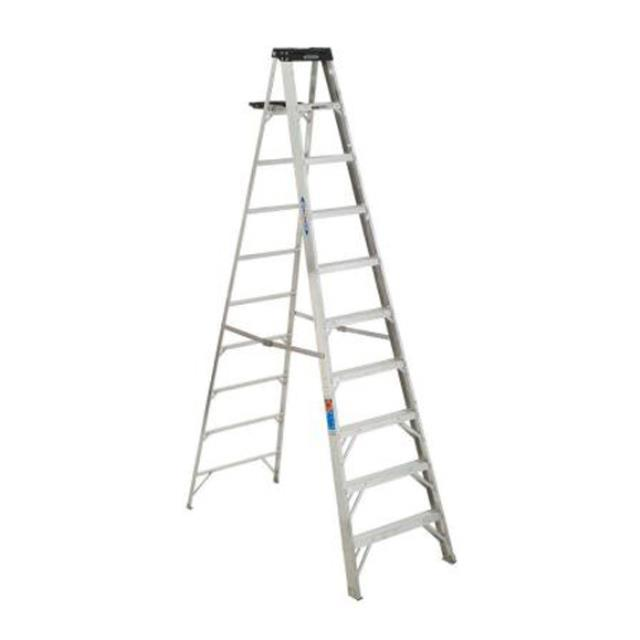 Where to find 8  Aluminium Step Ladder  2.4m in Geelong